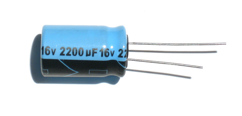 components_2200uf.jpg