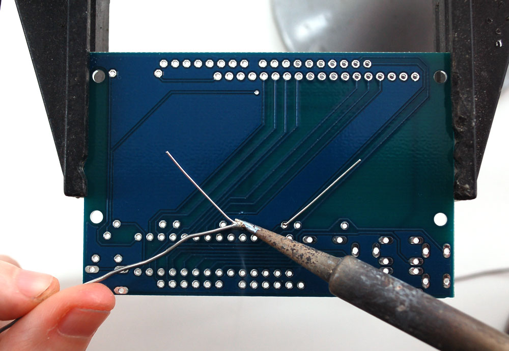 lcds___displays_r1solder.jpeg