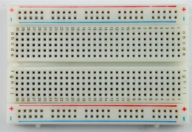 learn_arduino_breadboard_half_web.jpg