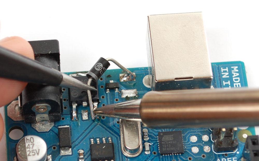 learn_arduino_diode.jpg
