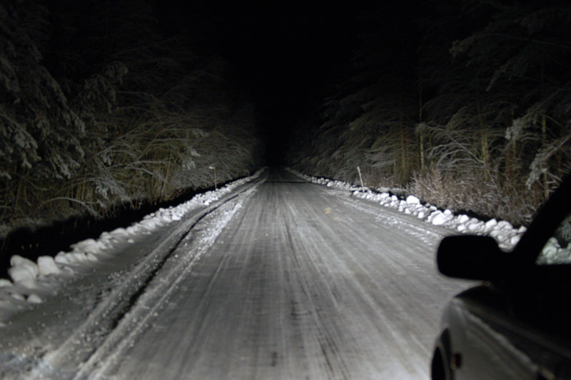 leds_2005_winter_road_full_beam.jpg