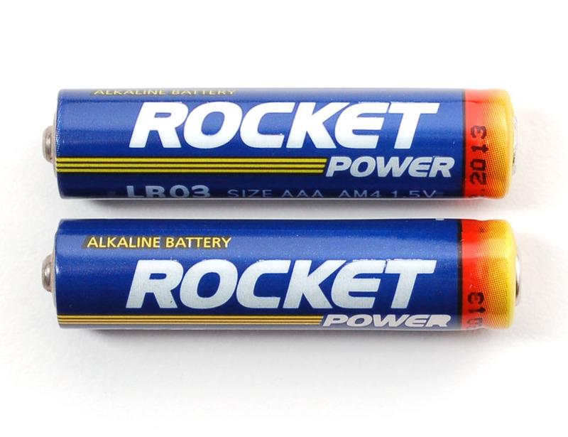 components_2xAAAbatteries_LRG.jpg