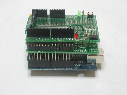 learn_arduino_1348963324.jpeg