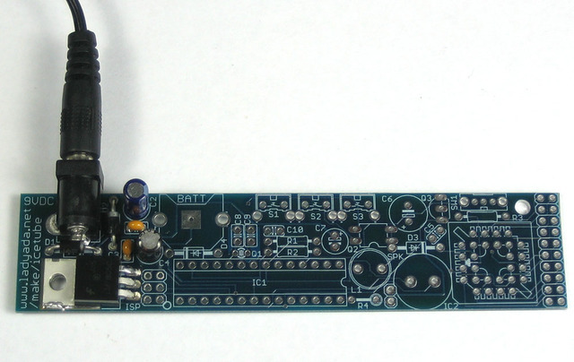 adafruit_products_5vplugged.jpg