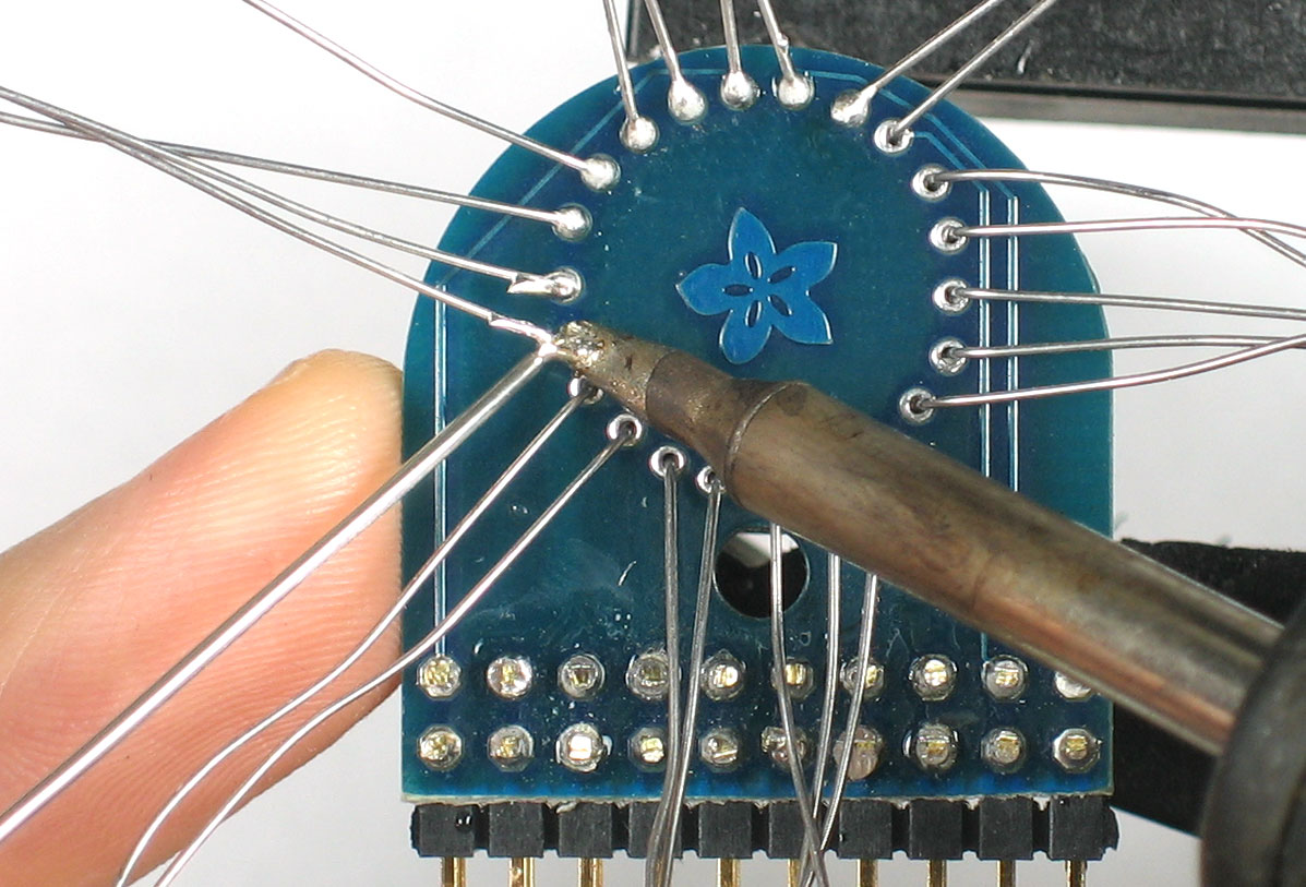 adafruit_products_tubesolder.jpg