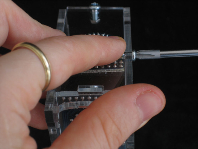 adafruit_products_sideclamp3.jpg