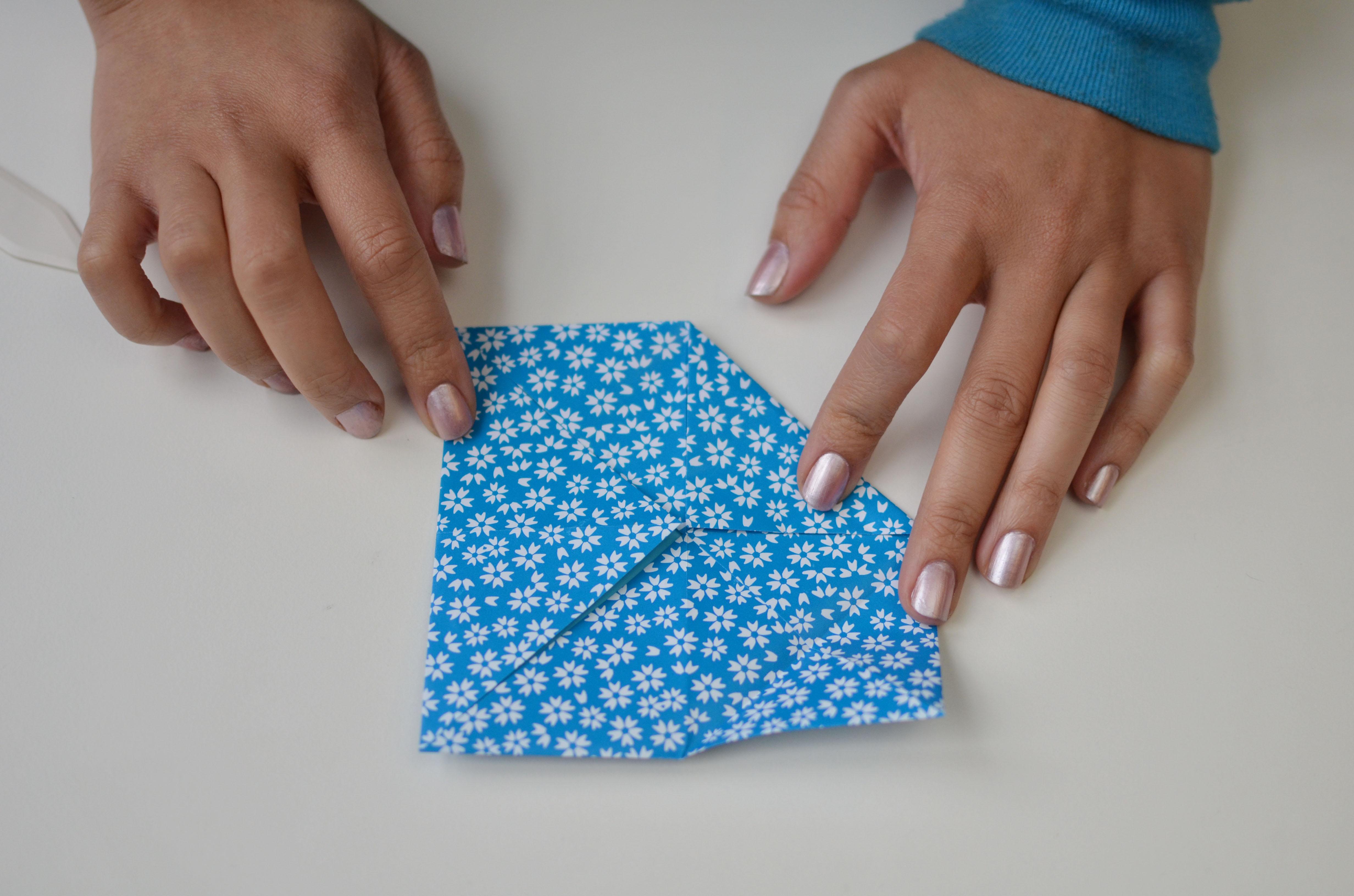 braincrafts_risa_lotus_origami_8.jpg