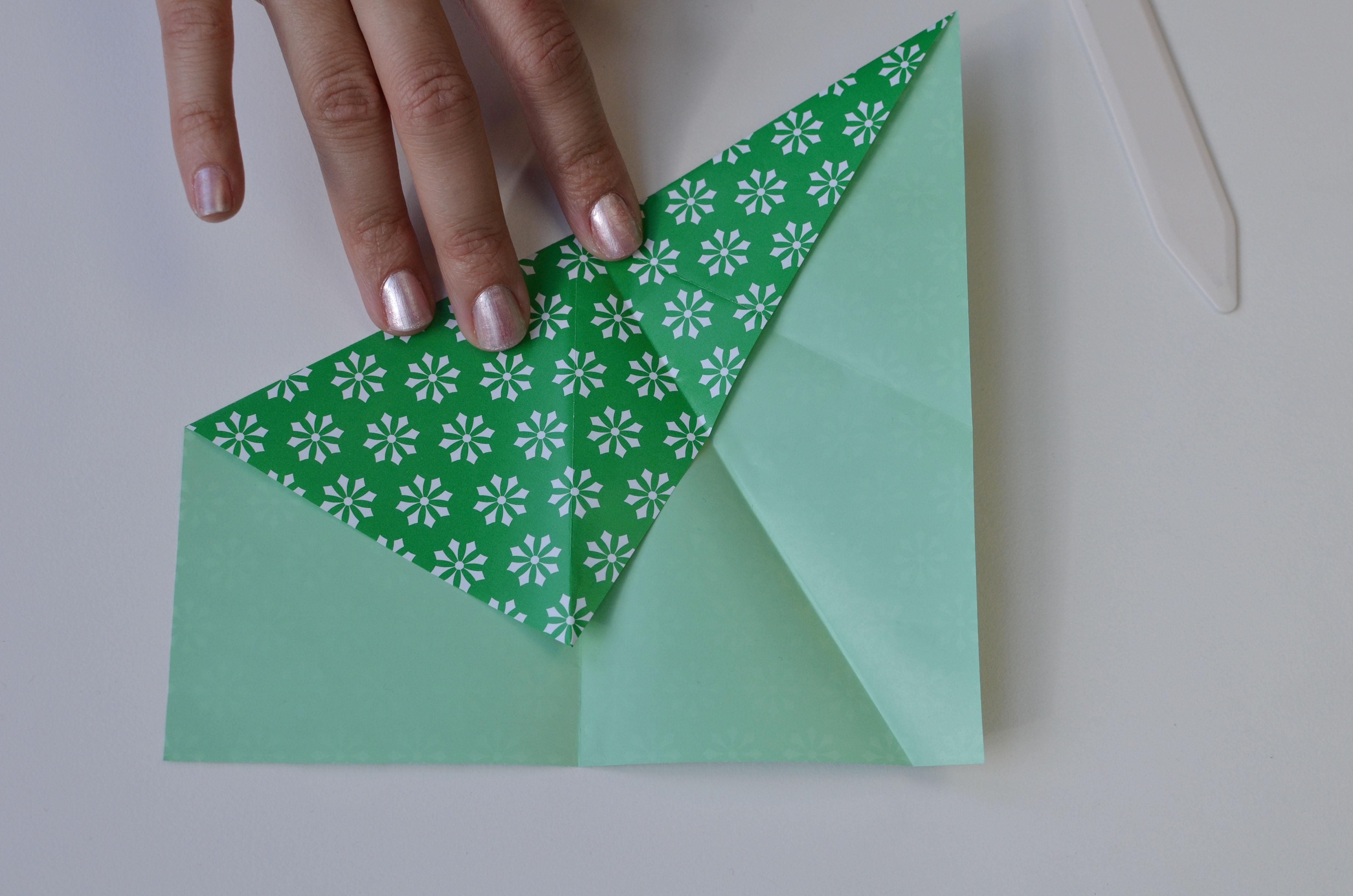 braincrafts_frog_origami_pt10.jpg
