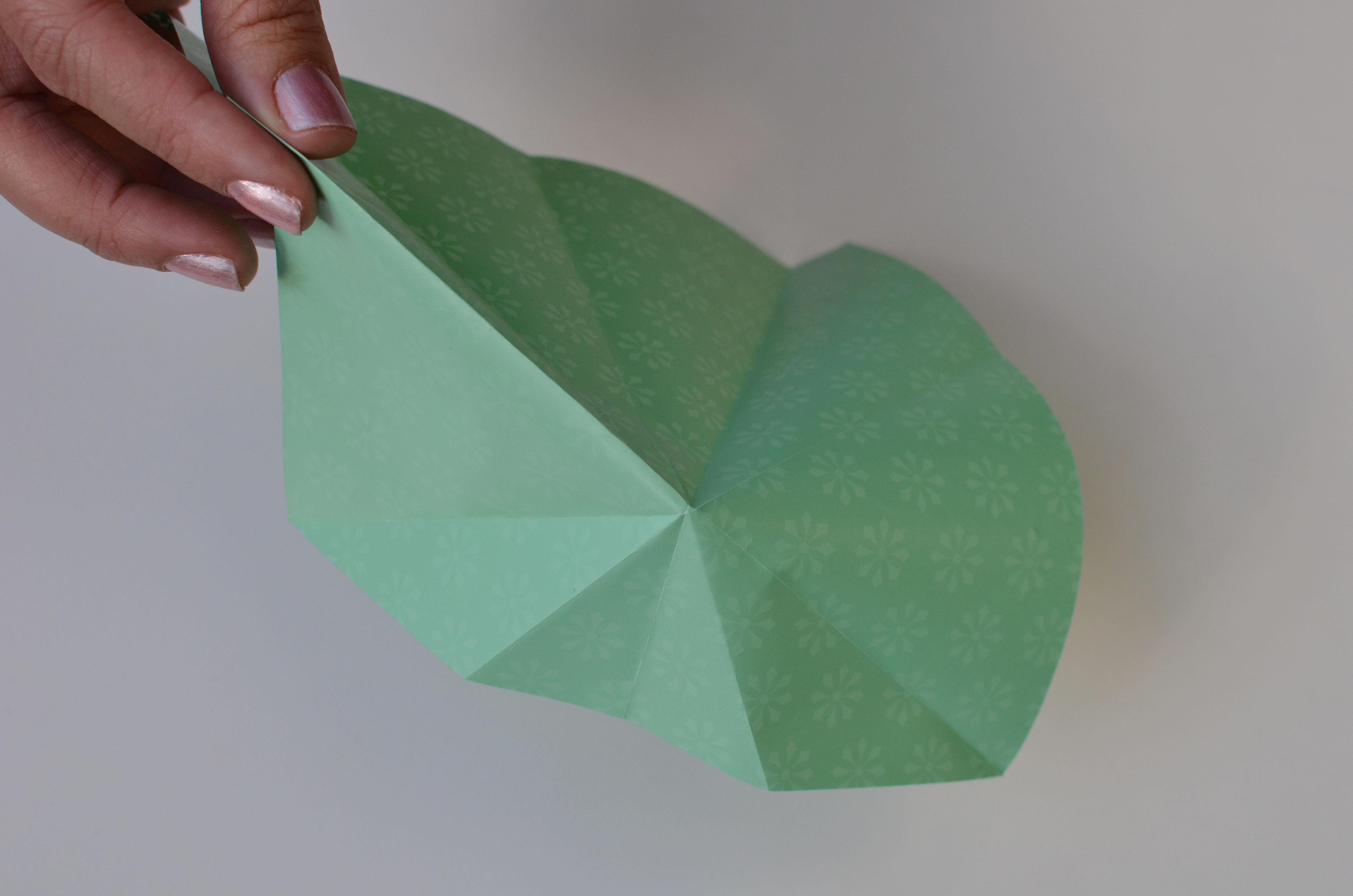 braincrafts_frog_origami_pt14.jpg