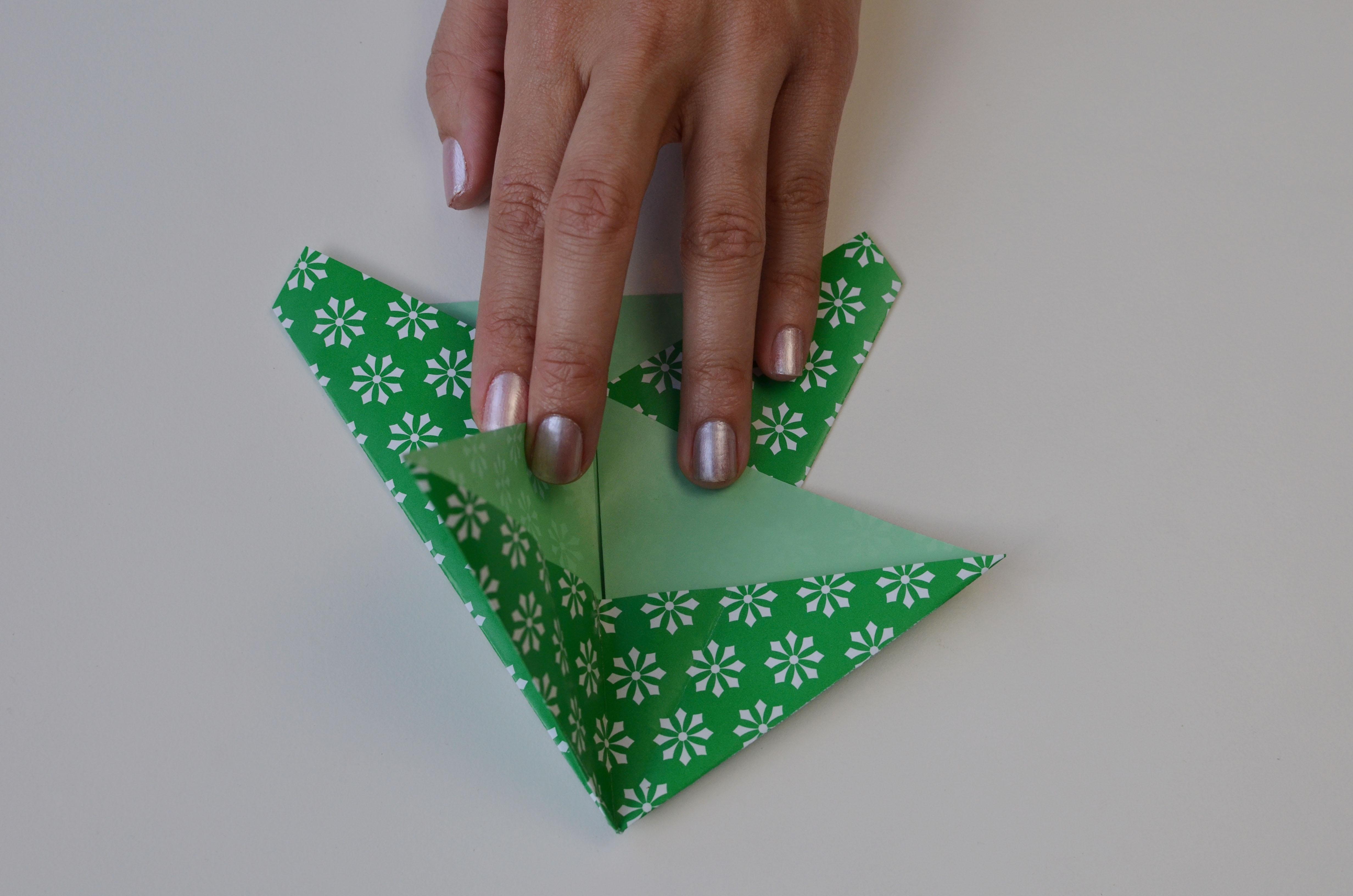 braincrafts_frog_origami_pt17.jpg