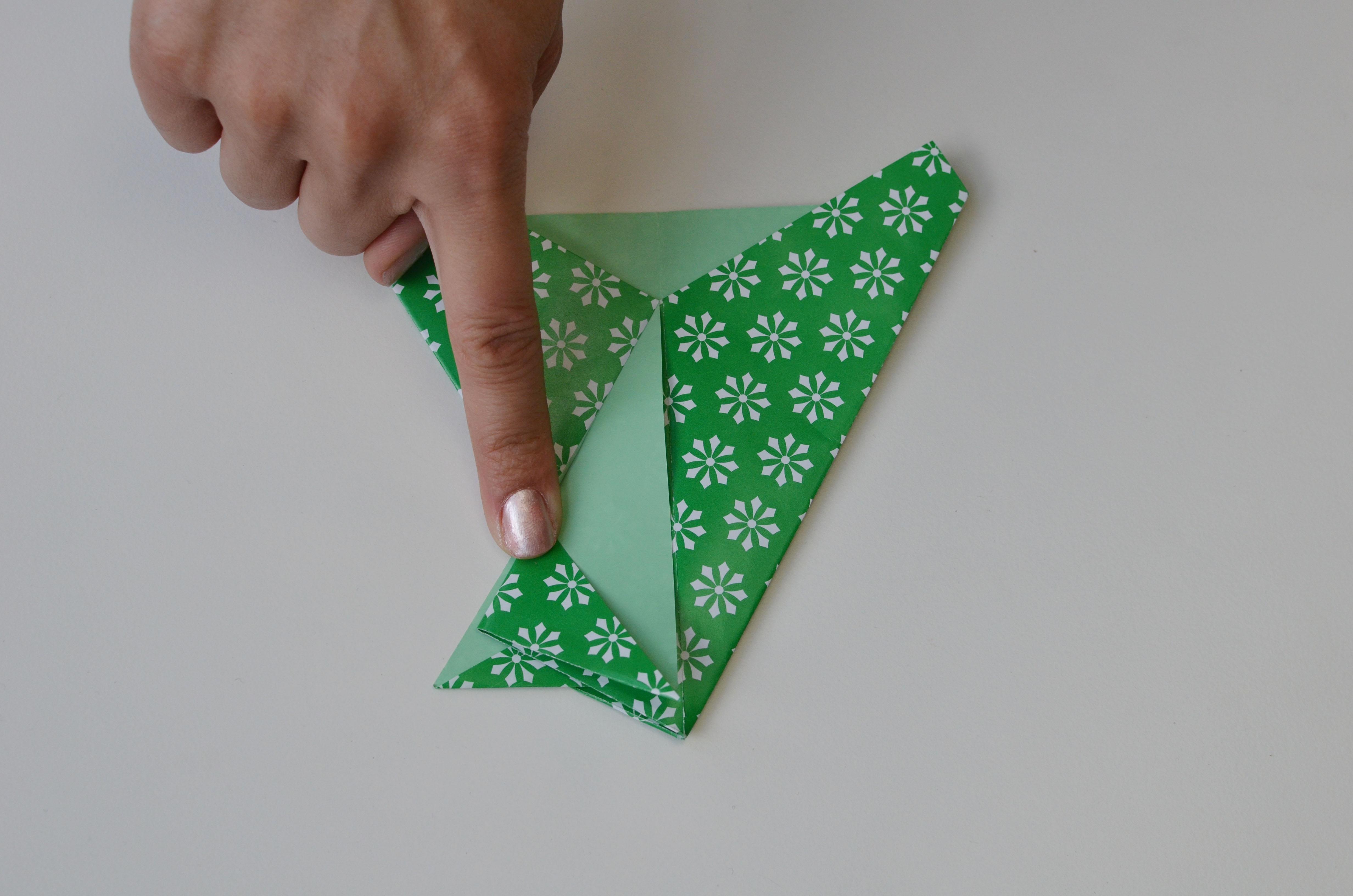 braincrafts_frog_origami_pt24.jpg