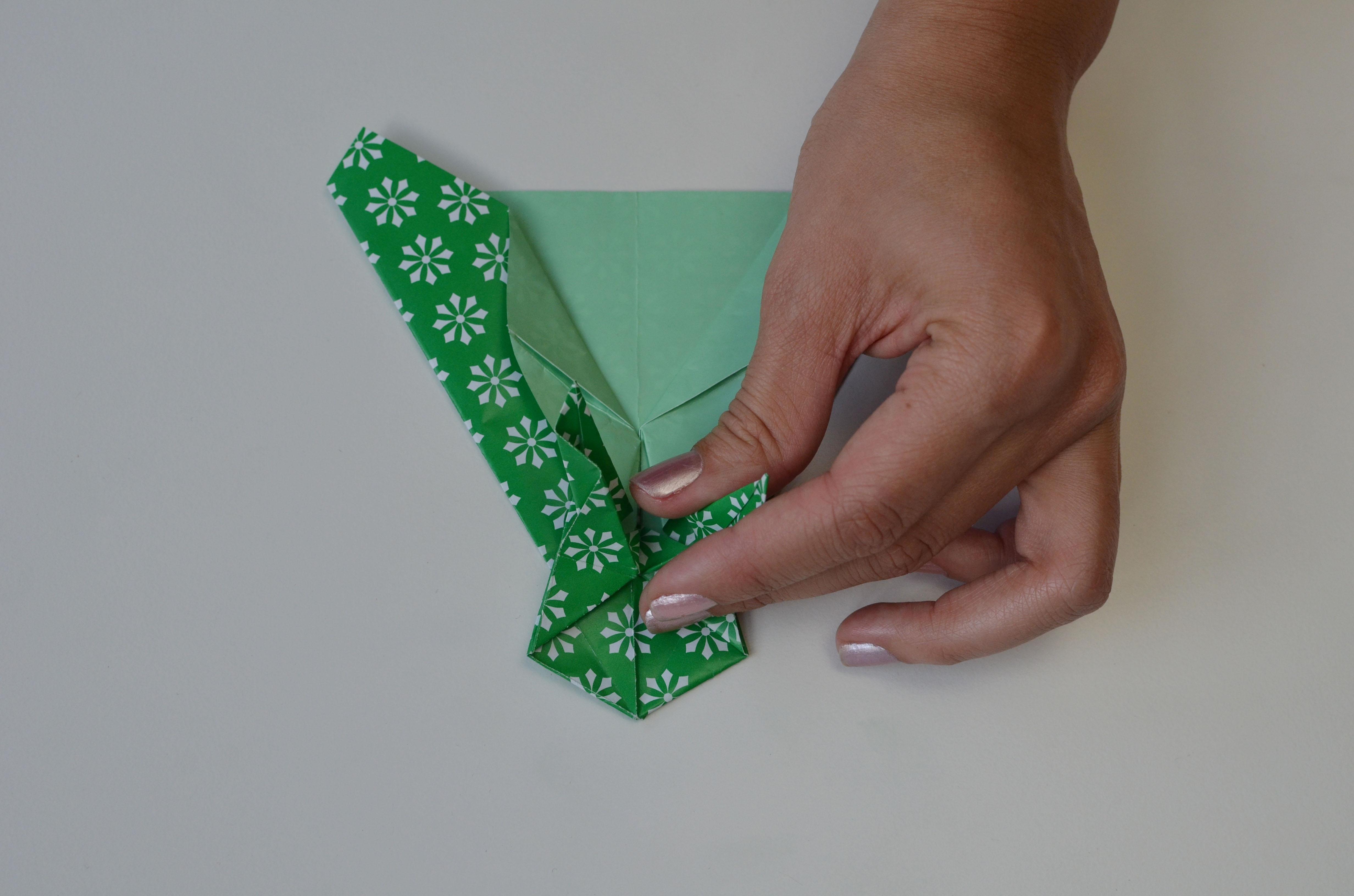 braincrafts_frog_origami_pt41.jpg