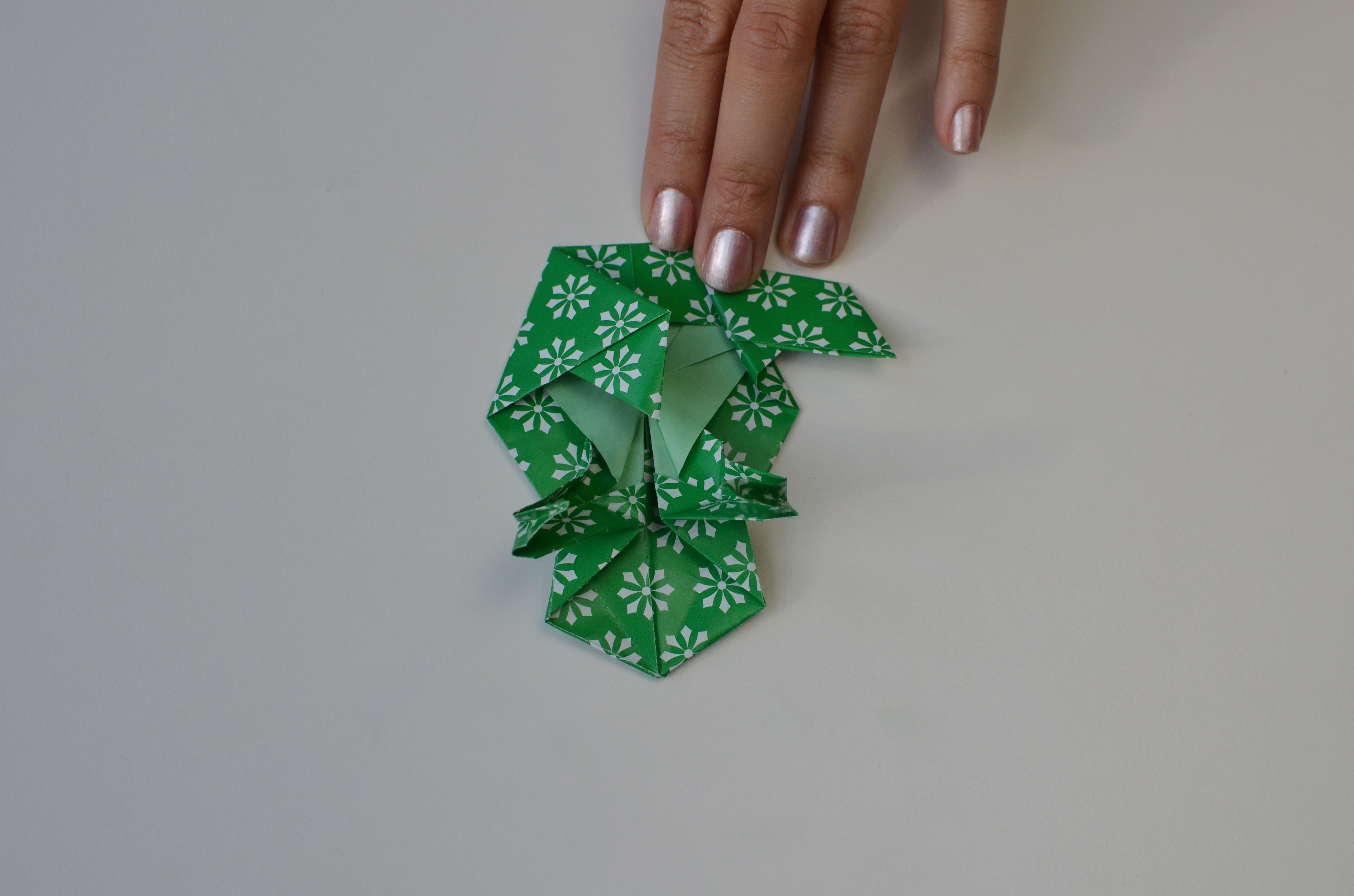 braincrafts_frog_origami_pt53.jpg