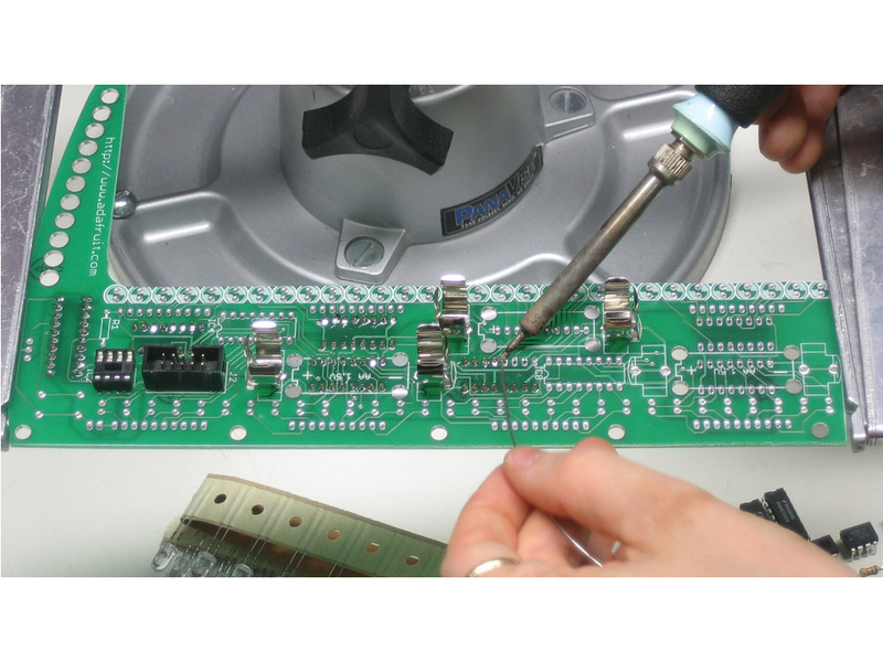 projects_latchsolder1.jpg