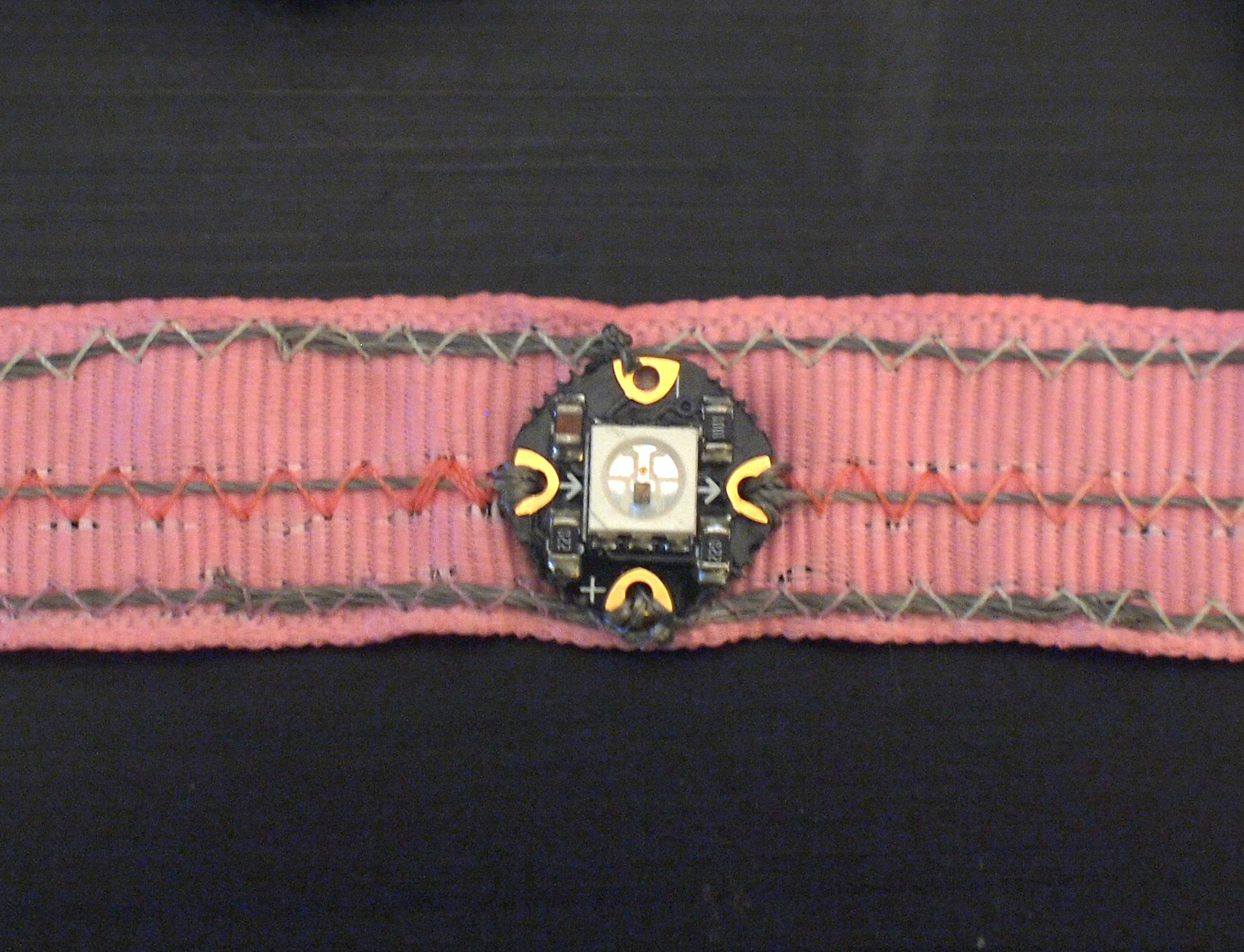flora_chameleon-scarf-17.jpg