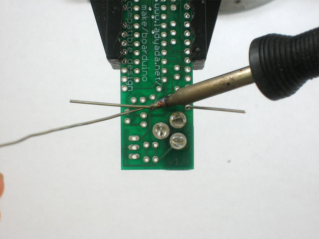adafruit_products_diodesolder1.jpg