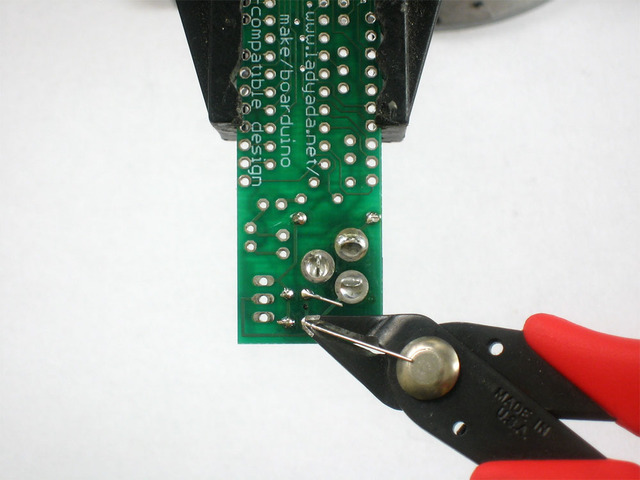 adafruit_products_caps1clip.jpg