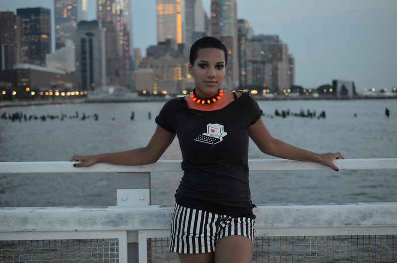braincrafts_risa_rose_punk_led_collar_nycskyline.jpg