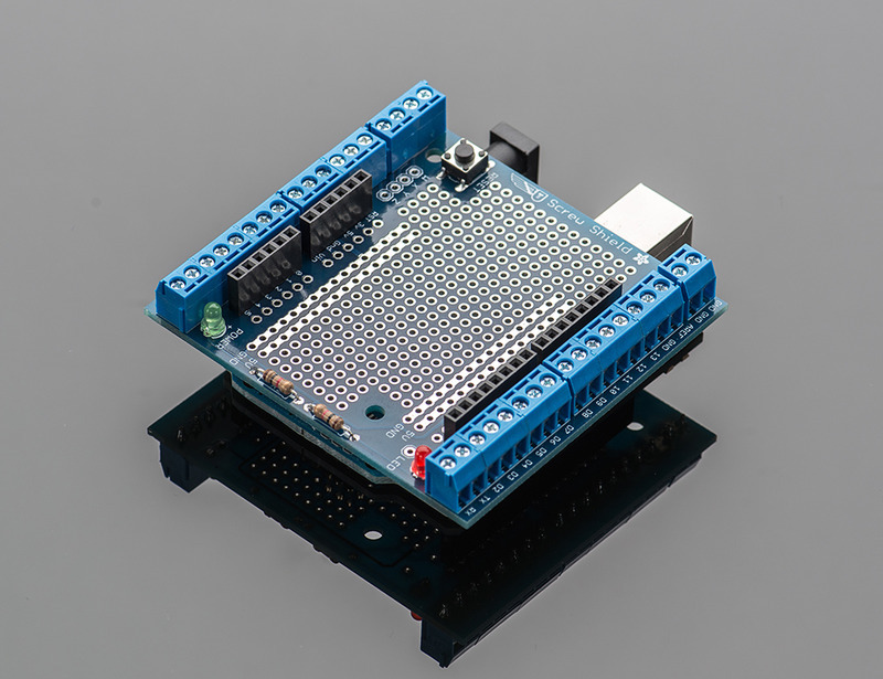 R3 Kit for Arduino Wingshield Adafruit Proto-Screwshield