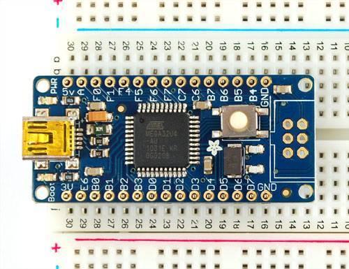 microcontrollers_2ac931b5378f44689d694d25a124b9e4.media.500x385.jpg