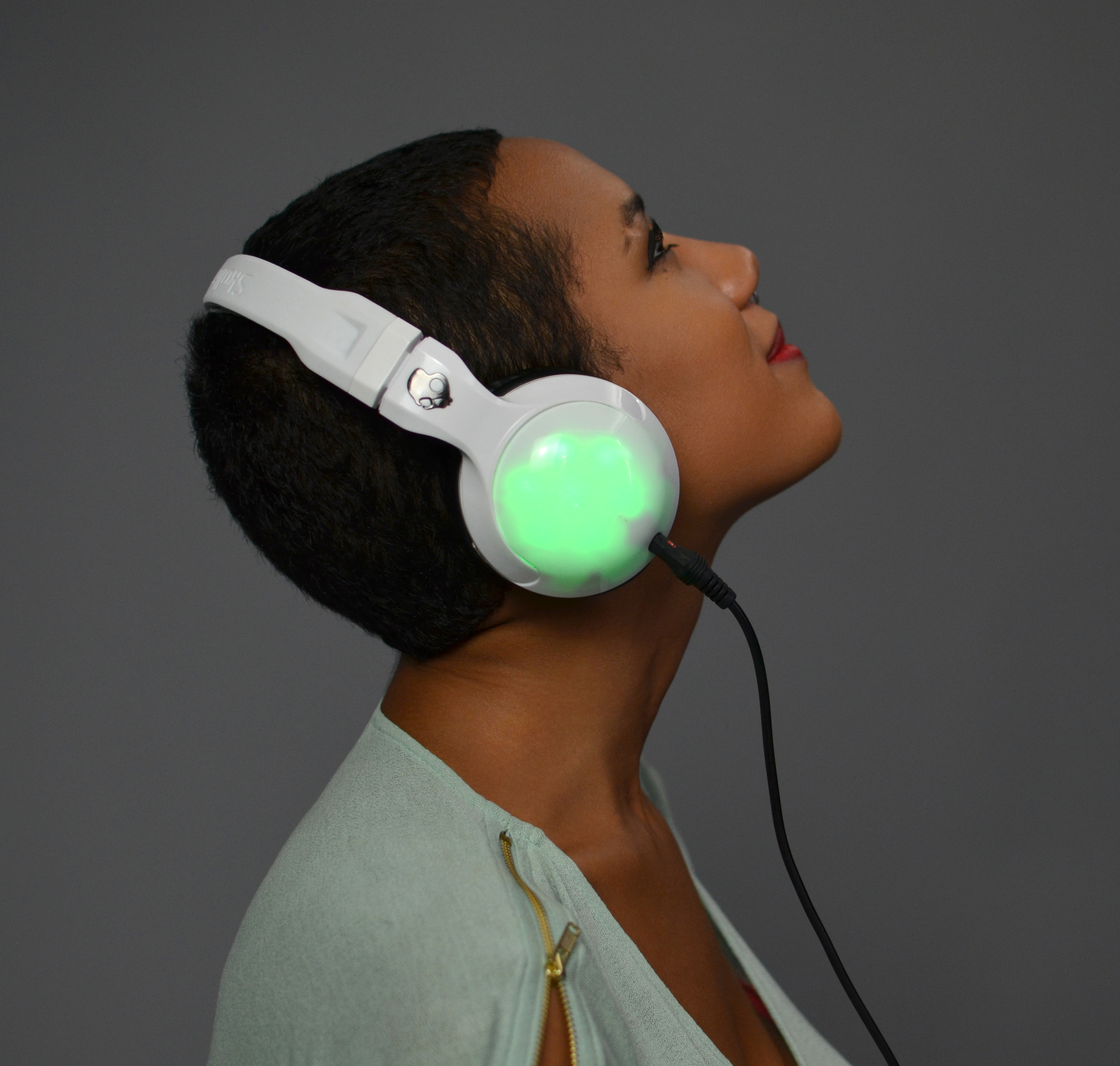 flora_RisaRose_Skullcandy_LED_Headphones.jpg