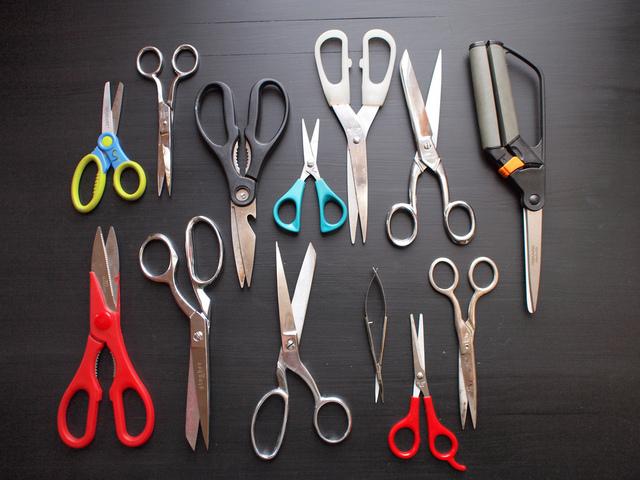 flora_scissors.jpg