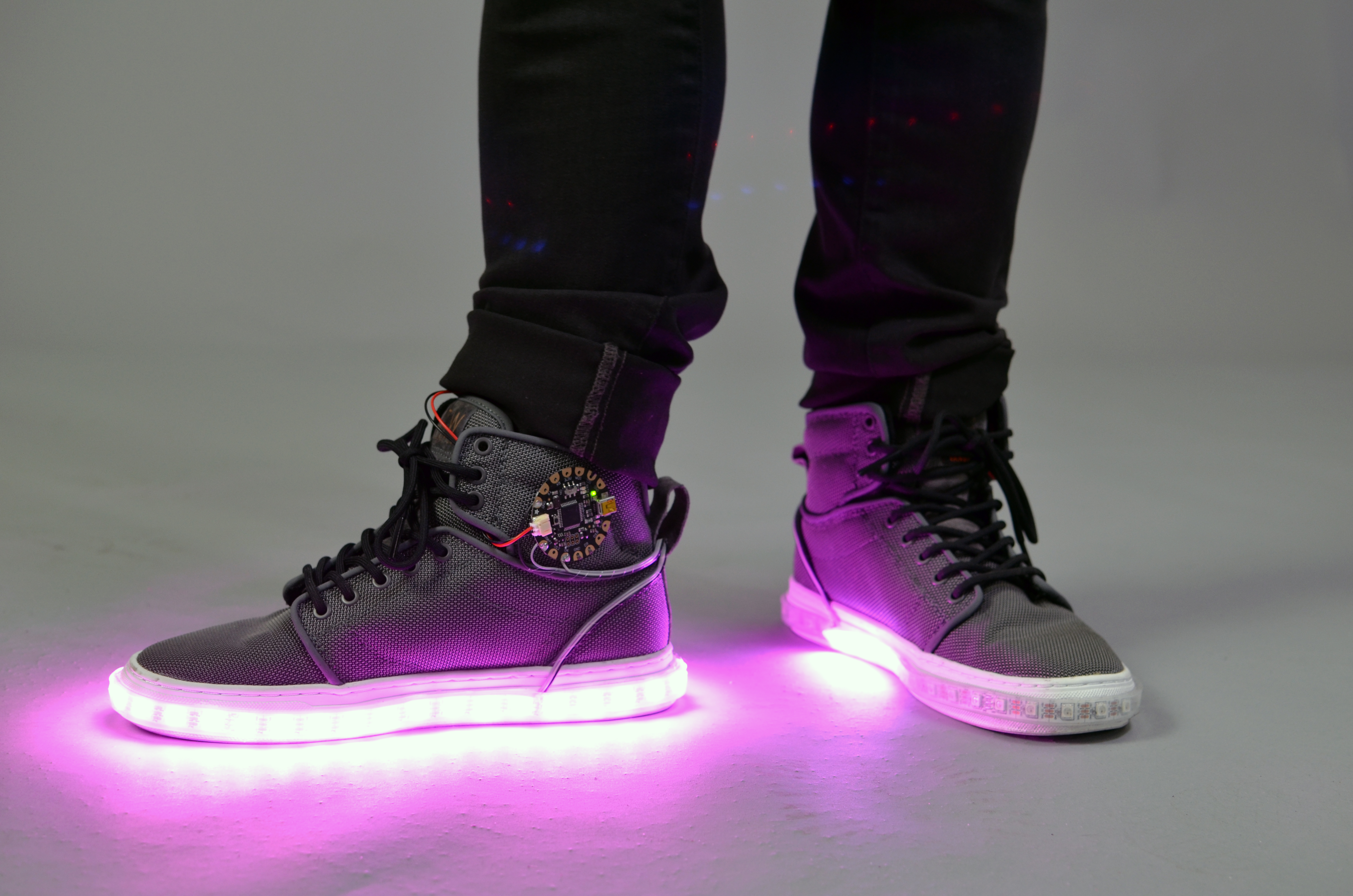 flora_firewalker-led-sneakers-adafruit-30.jpg
