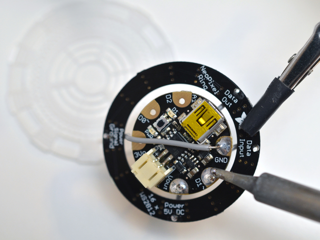 flora_iron-man-arc-reactor-adafruit-04.jpg