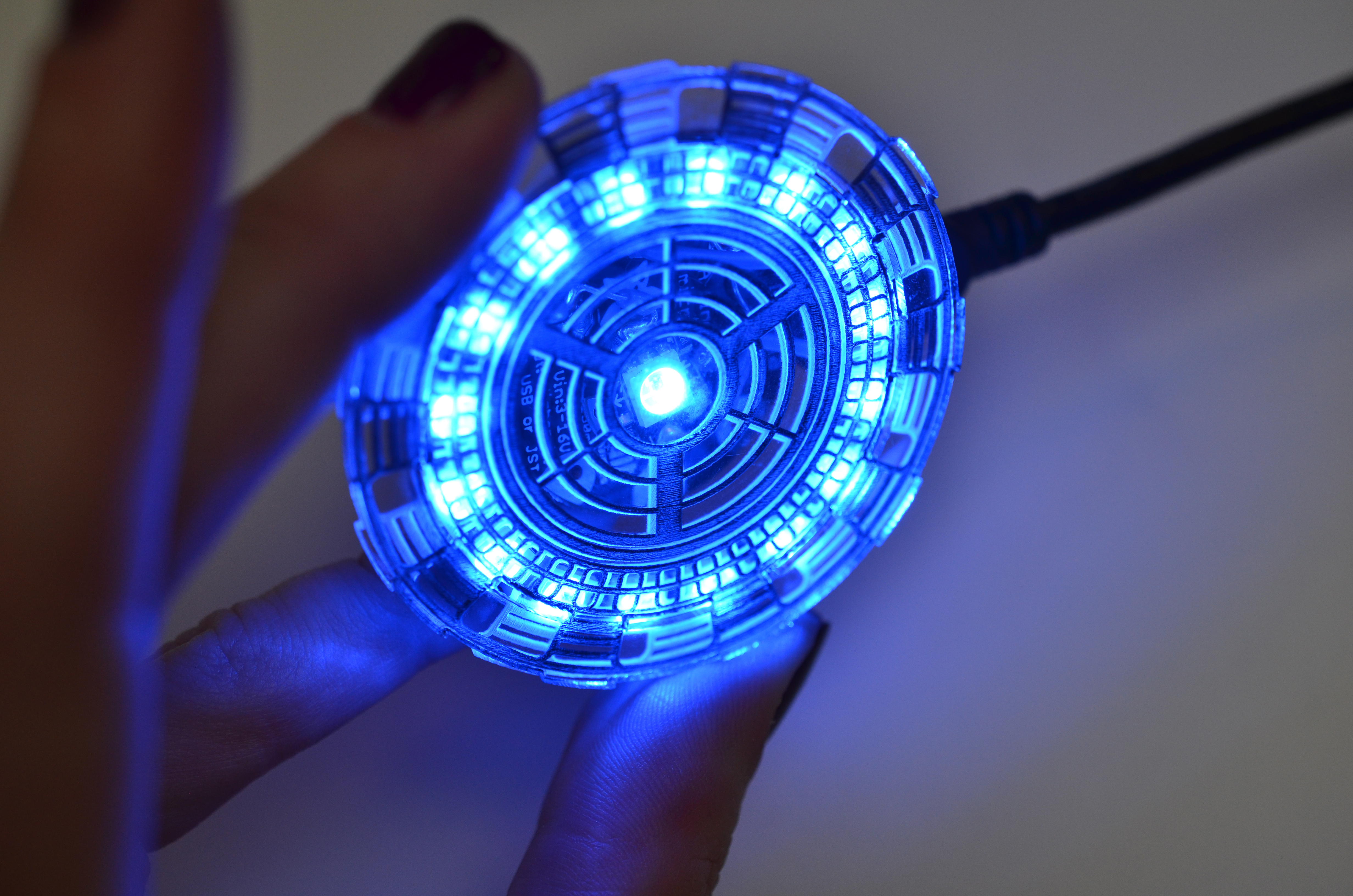 flora_iron-man-arc-reactor-adafruit-07.jpg