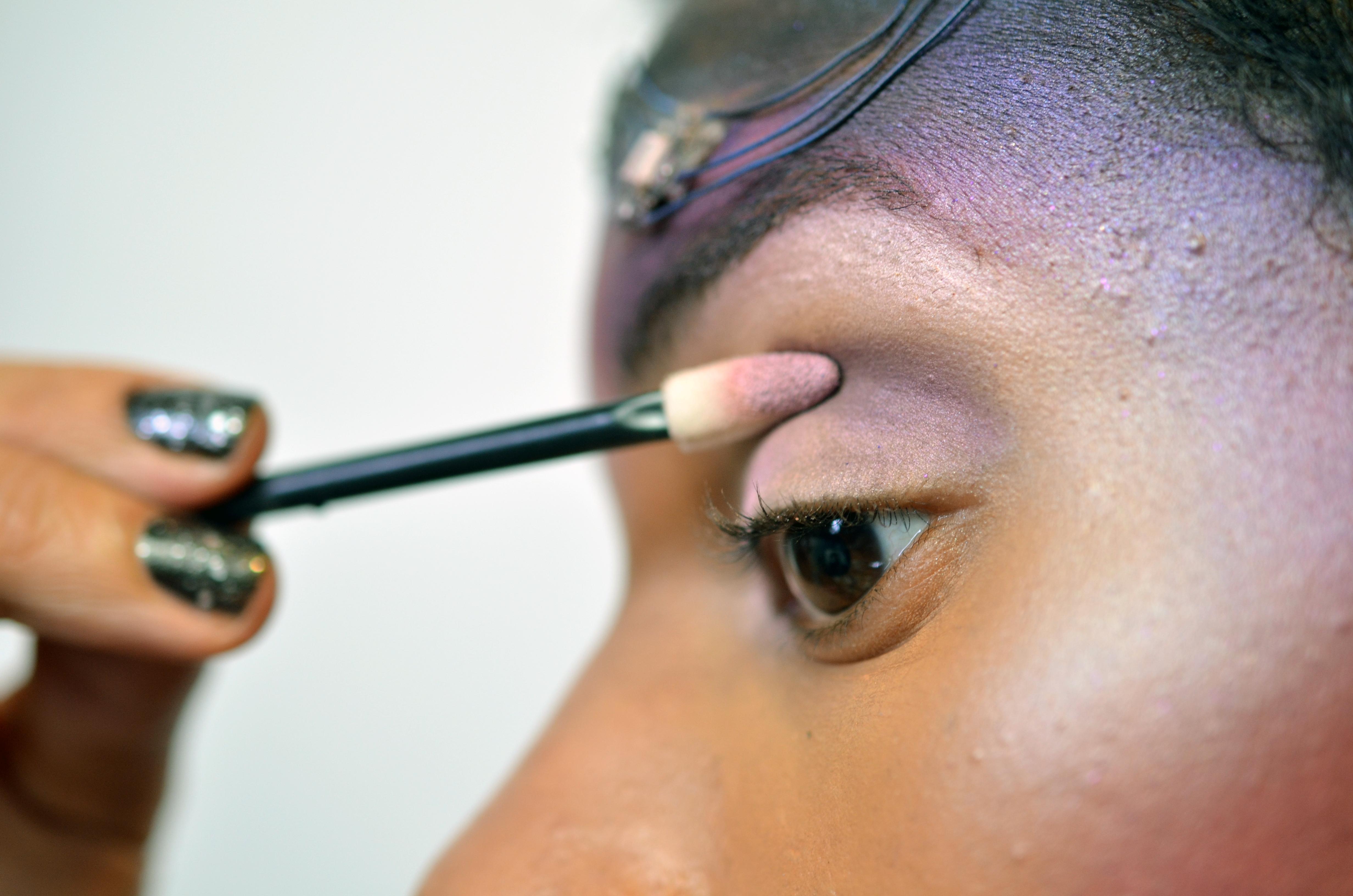 flora_space-face-LED-galaxy-makeup-19.jpg