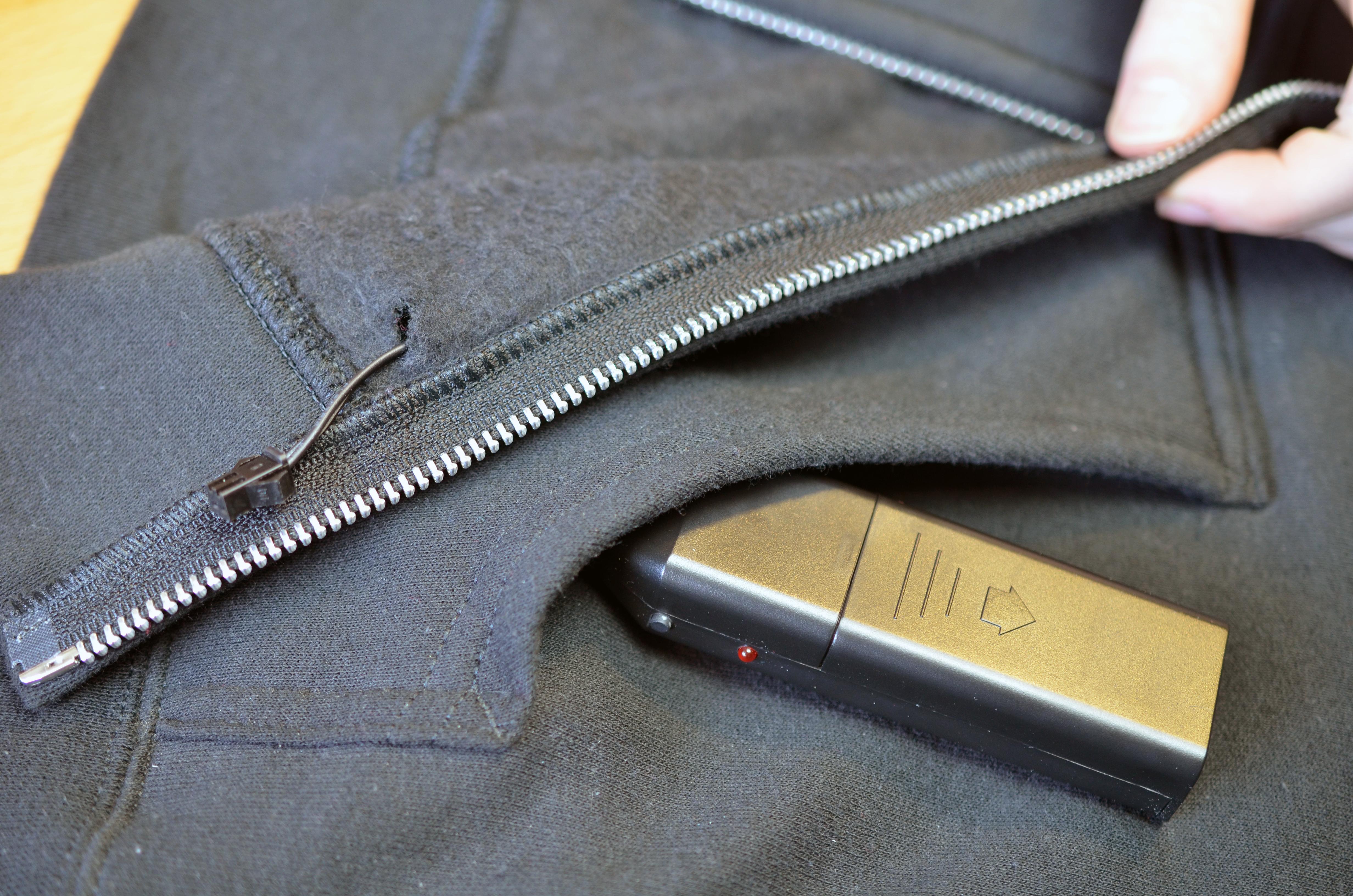 el_wire_tape_panel_el-tron-hoodie-adafruit-04.jpg