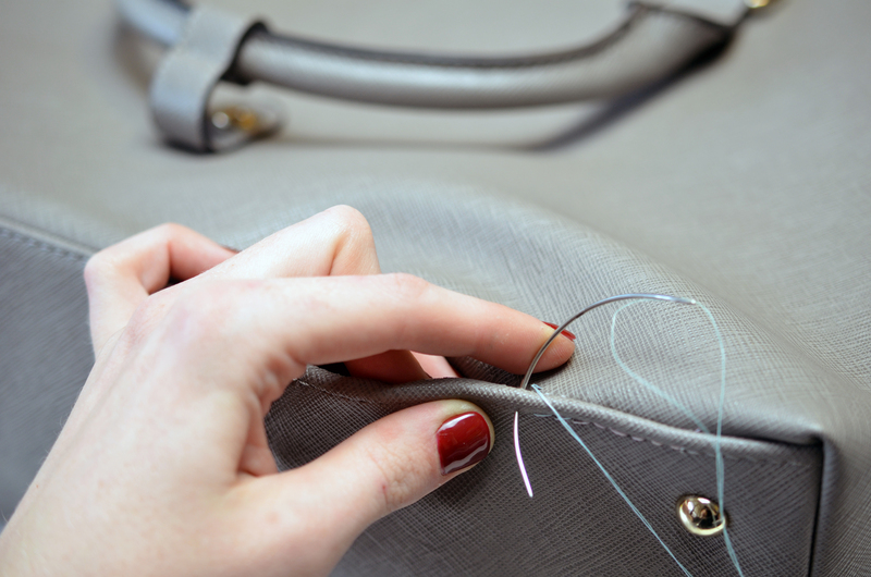 projects_cell-phone-charging-purse-01.jpg