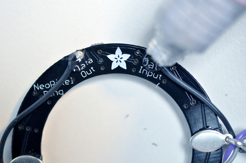 flora_neopixel-bangle-bracelet-07.jpg