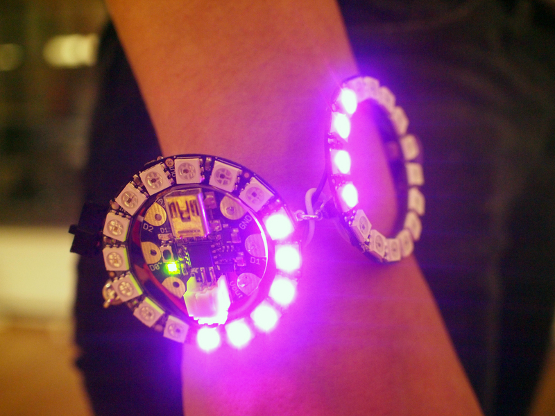 flora_neopixel-bangle-bracelet-08.jpg