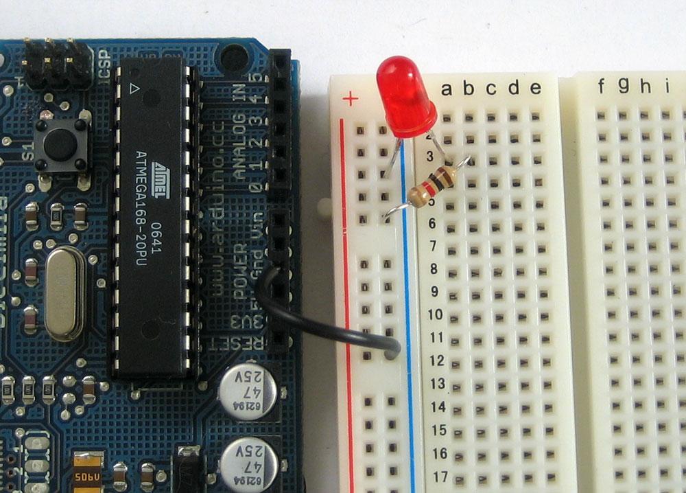 learn_arduino_groundedledbb.jpg