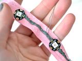 flora_chameleon-scarf-ribbon2.jpg