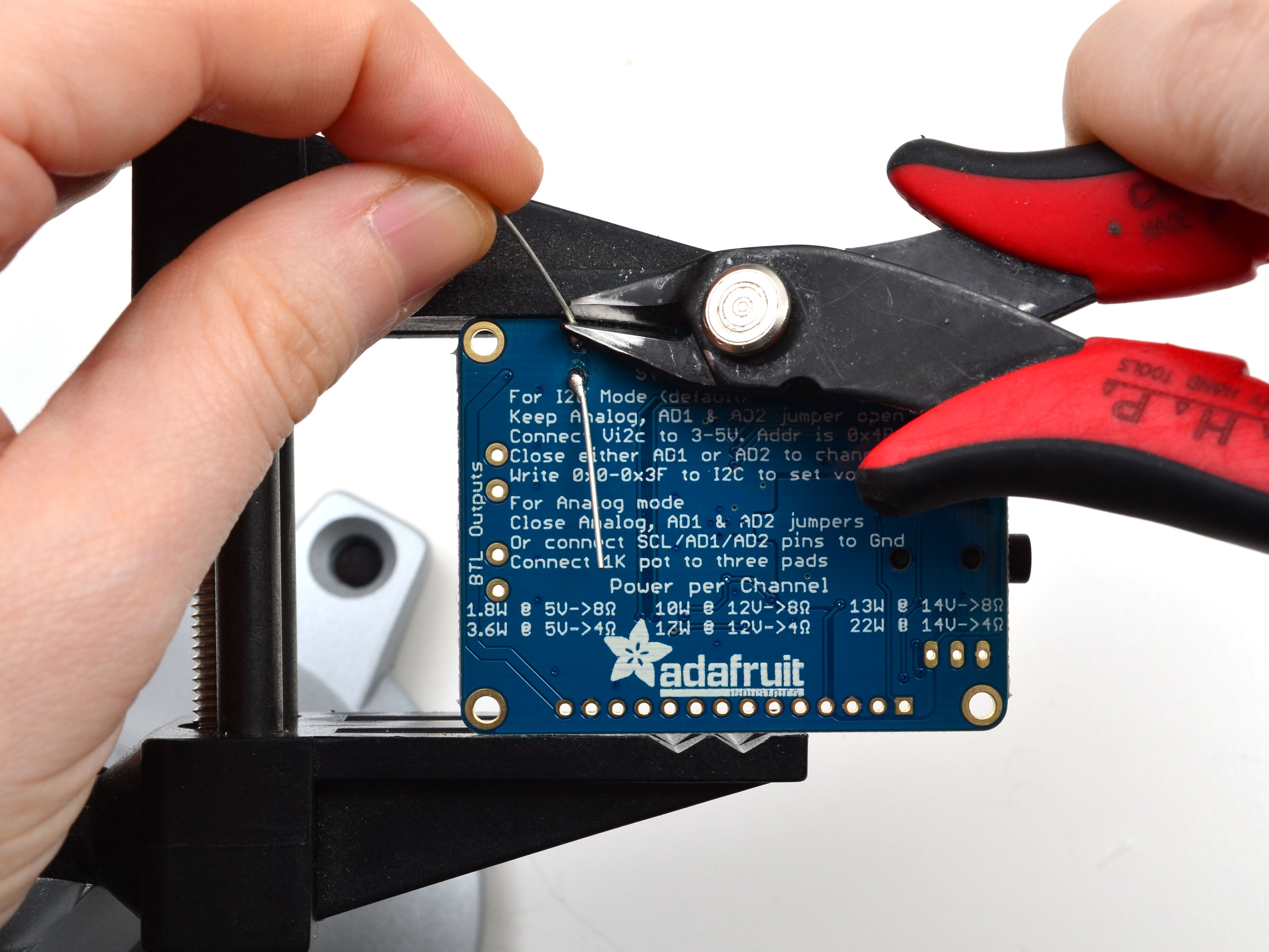 adafruit_products_capclip.jpg