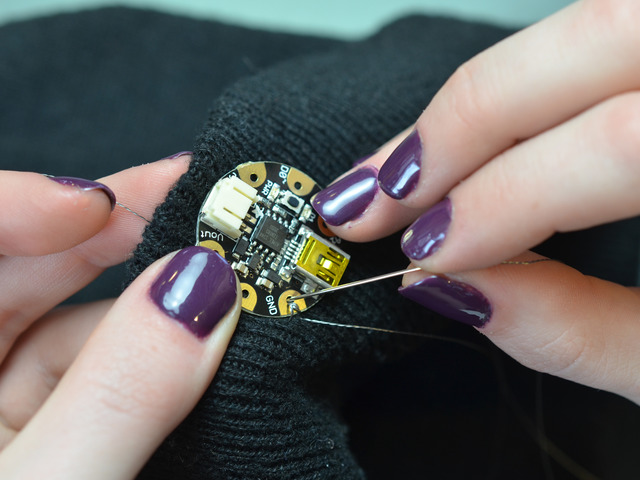 leds_adafruit-led-sequins-hat-01.jpg