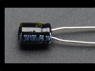 leds_100uf_capacitor.jpg