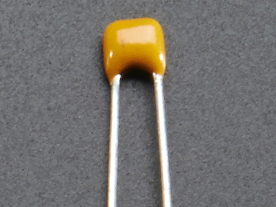 leds_capacitor.jpg