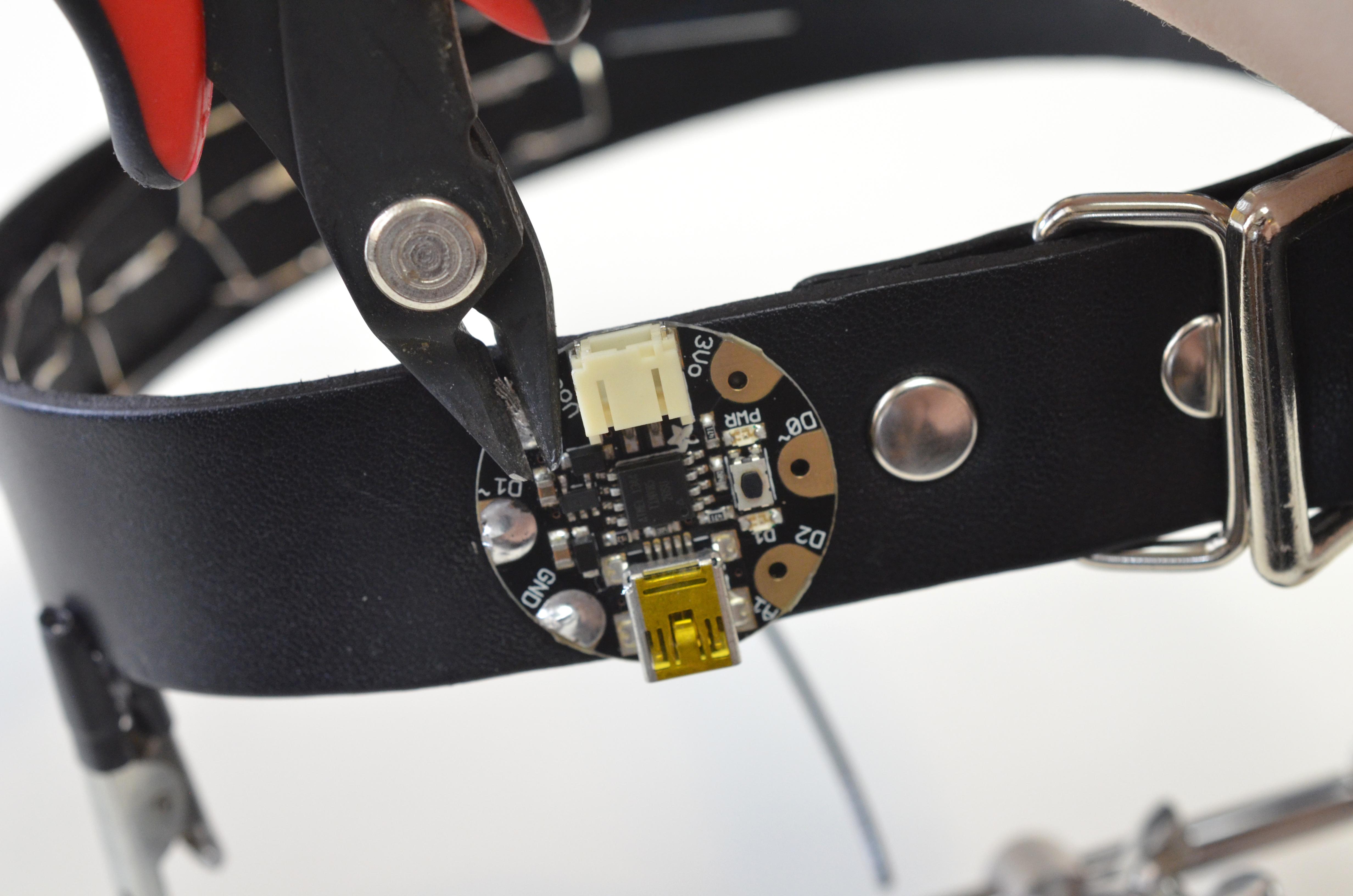 led_pixels_neopixel-punk-collar-16.jpg