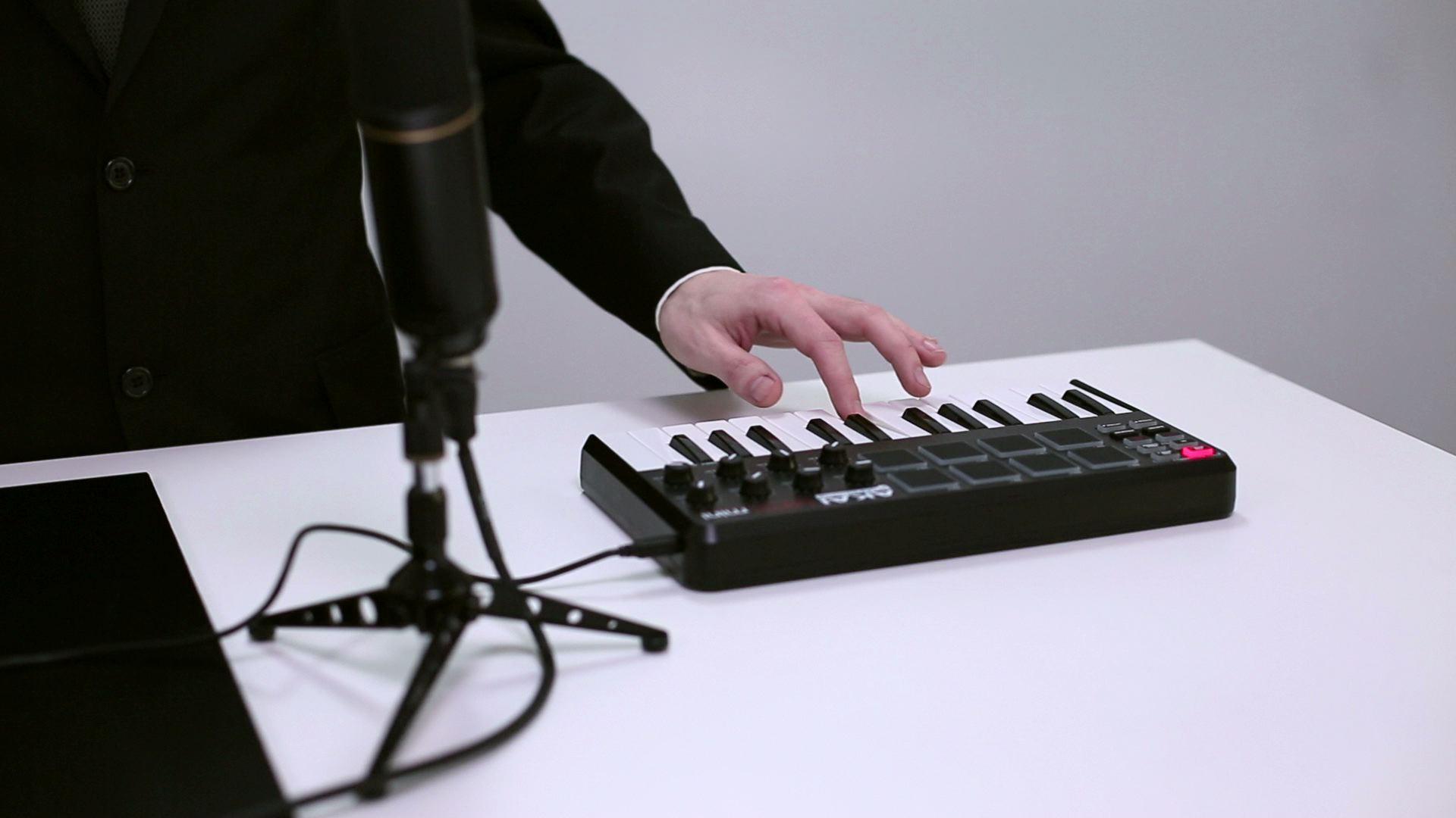 projects_Collin's_Lab_-_MIDI-1.jpeg