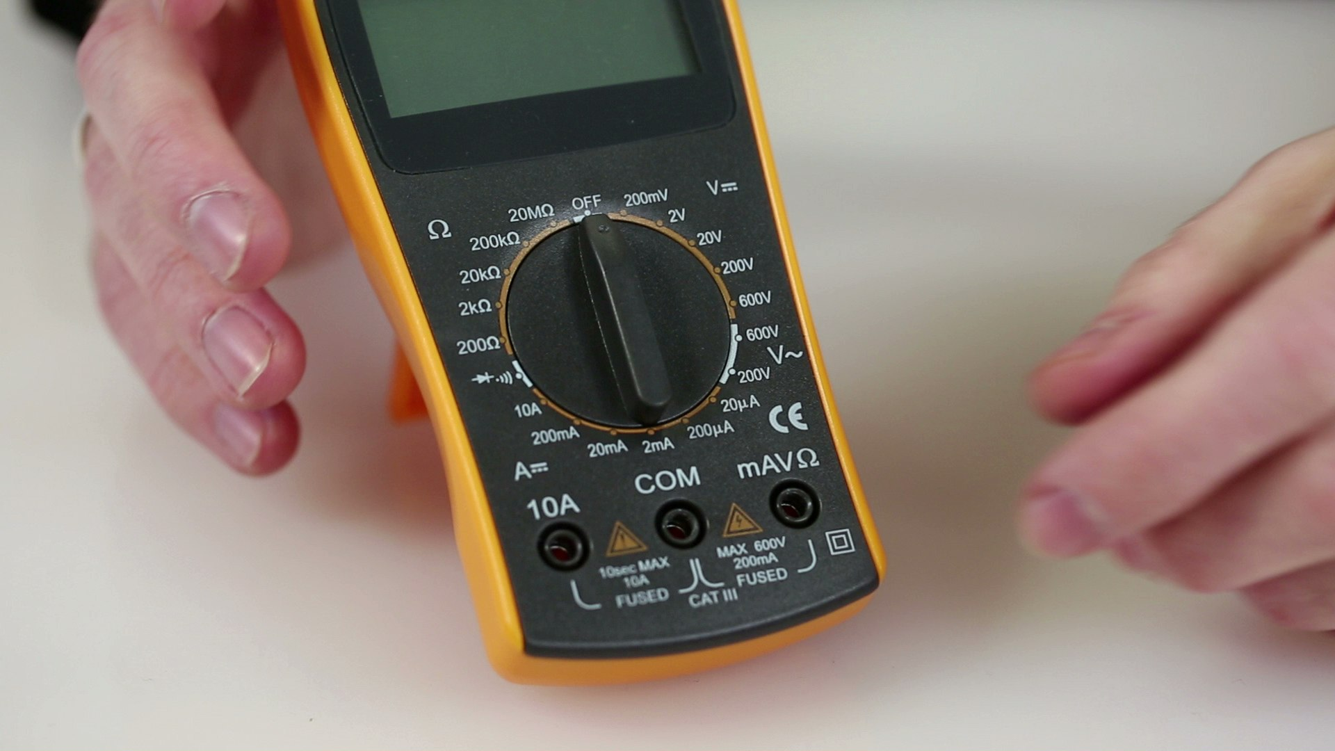 projects_Collin's_Lab_-_Multimeters-3.jpeg
