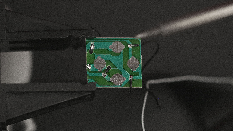 gaming_controller-board-soldered.jpg