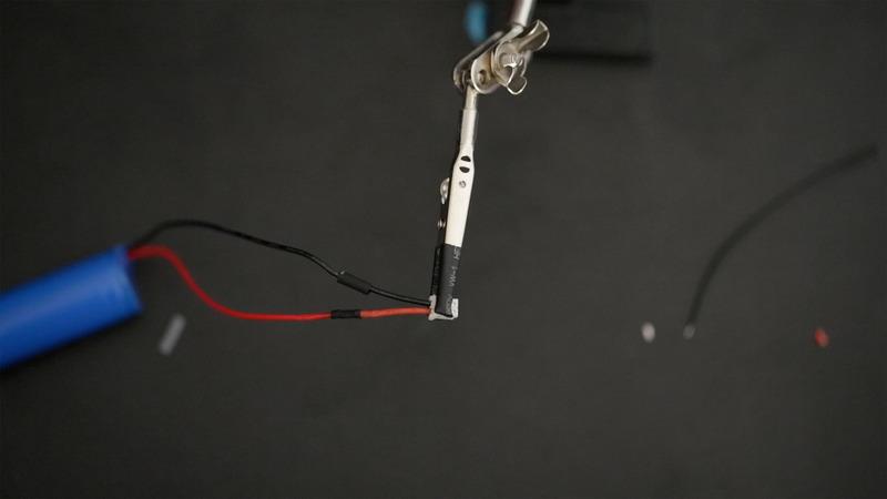 gaming_battery-solder.jpg
