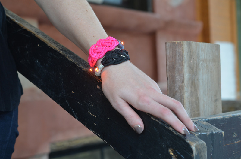 leds_nautical-paracord-led-sequin-friendship-bracelet-outside.jpg