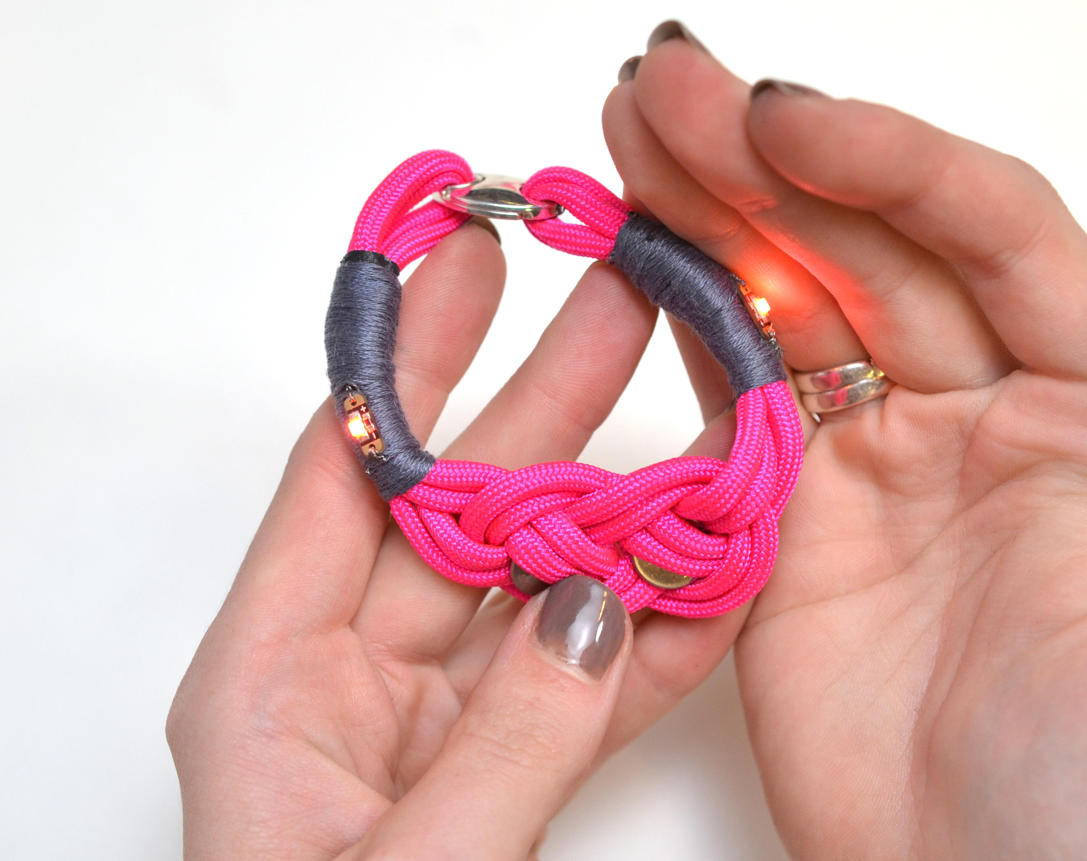 leds_nautical-paracord-led-sequin-friendship-bracelet-59.jpg