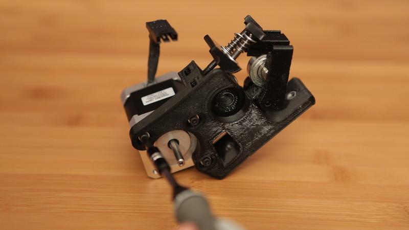 tools_motor_screws_1.jpg