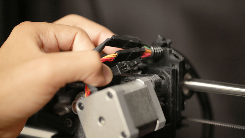 tools_unconnect-motor-cables.jpg