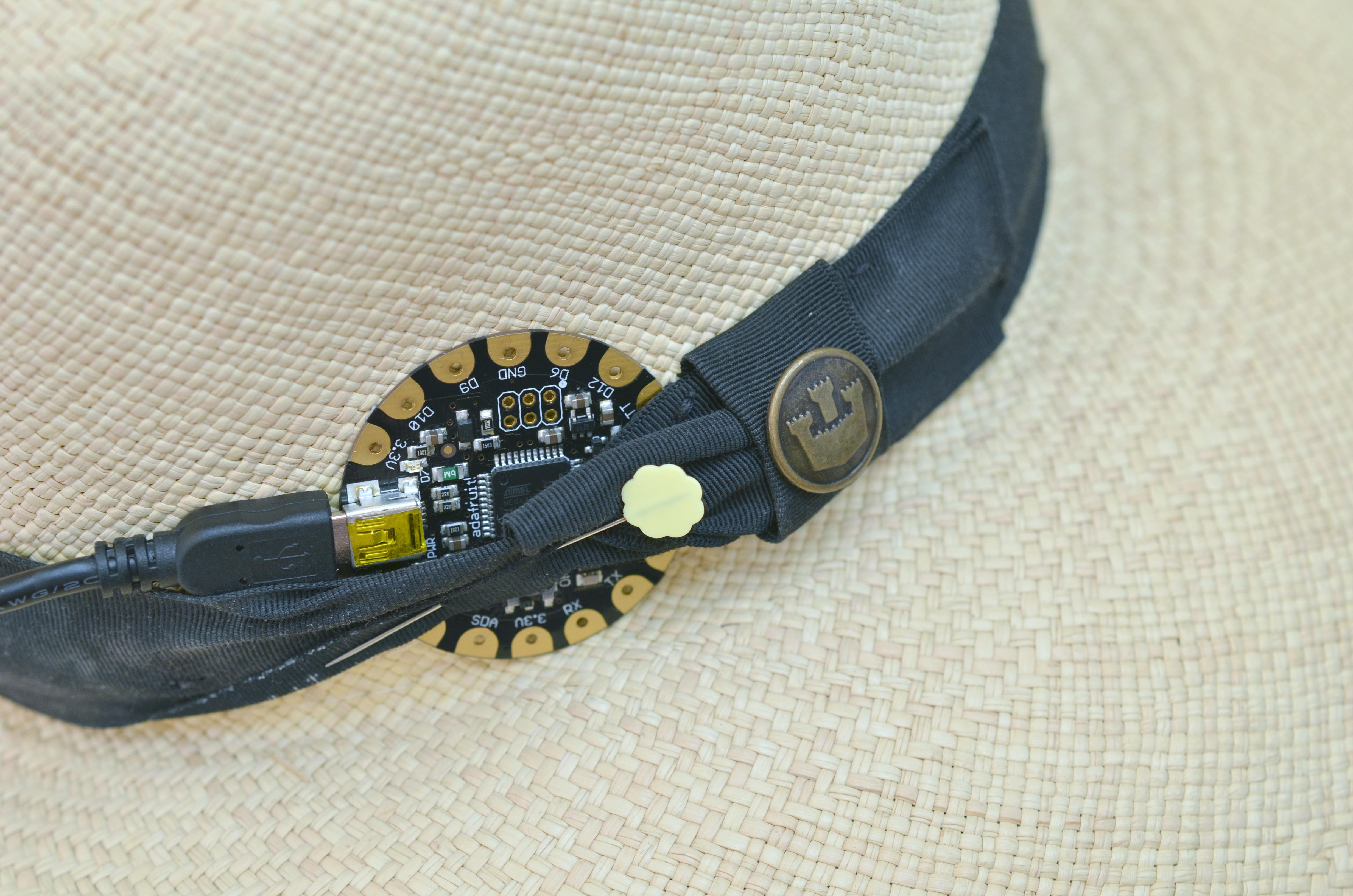 light_sunscreen-reminder-hat-02.jpg